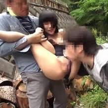 初デートで好きな女子社員の前でDQN達に裸土下座&オナニーまでさせられた話。